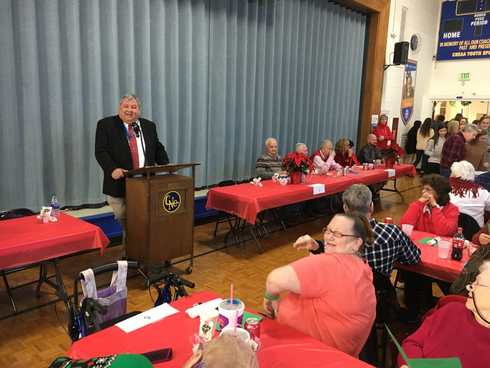 Holiday luncheon brings out Christmas spirit at Clermont Northeastern